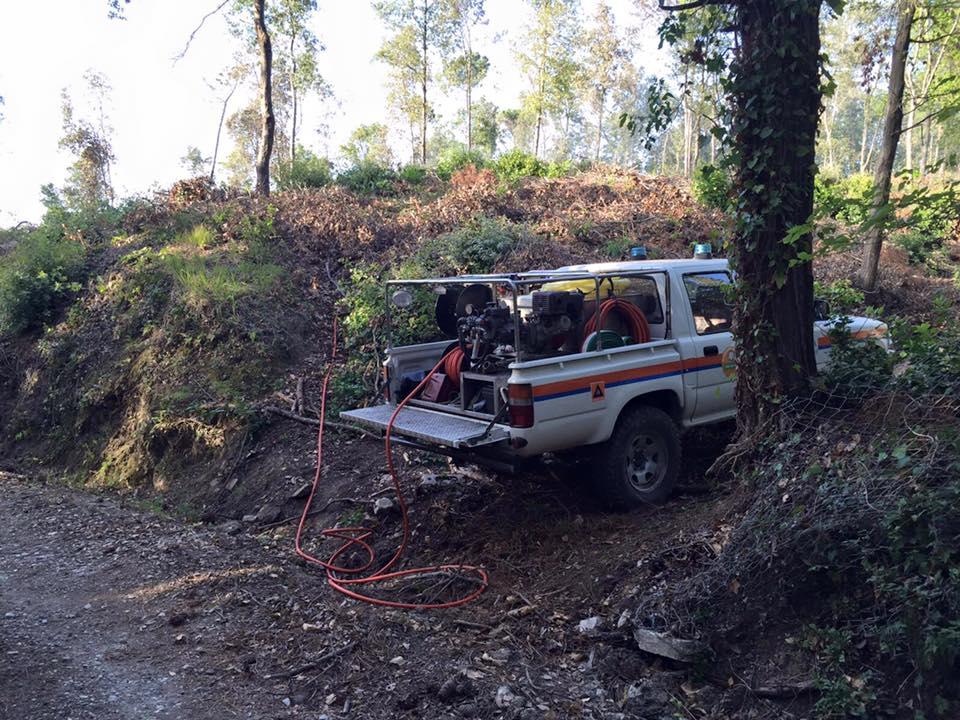 La sezione Antincendio Boschivo (AIB) della Misericordia di Montenero interviene sull'incendio alla Valle Benedetta