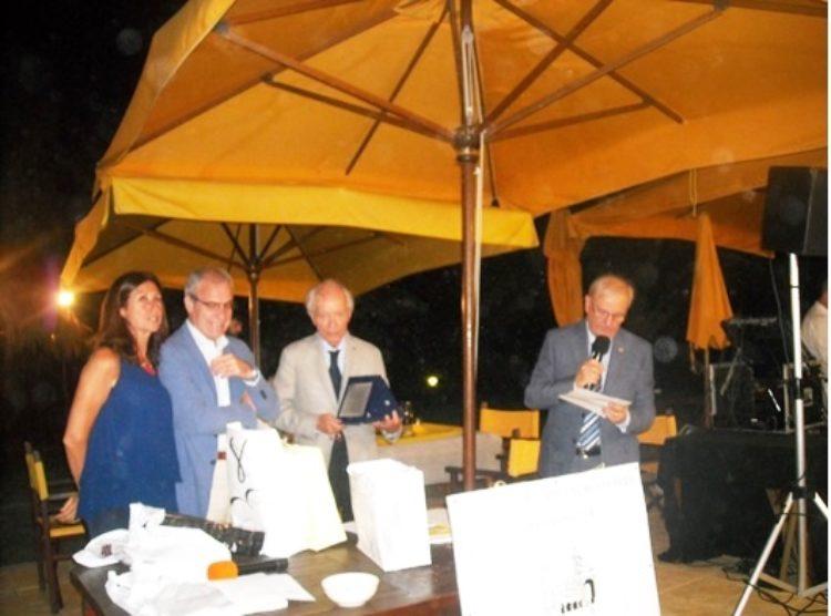 """L'Associazione """"Amici di Montenero La Frassineta"""" premia la Misericordia di Montenero"""