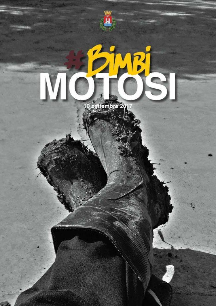 """Il Calendario dei """"Bimbi Motosi"""" in vendita alla Misericordia di Montenero: un'iniziativa di beneficenza a favore delle famiglie alluvionate"""